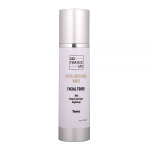 ULTRA-LIGHT-WHITE-FACIAL-HYDRATING-TONER--600x600